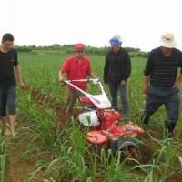 新型50厘米开沟机视频快速人工挖沟小型工具进口培土机视频
