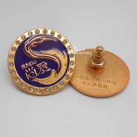 广州徽章、镶钻双色电镀襟章、金属公司LOGO胸徽定制