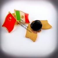 两面国旗徽章、国旗纪念章、各国国旗襟章生产厂家