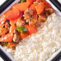 自热米饭前景长远,选择代加工生产自热米饭