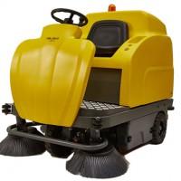驾驶式洗地机具备的三个优势