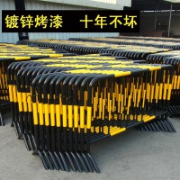 深圳坪山道路施工护栏,铁马护栏,施工水马,pvc围挡
