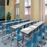 学生课桌椅厂家批发-可调节高低防驼背学生课桌椅